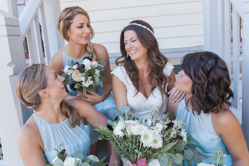 Cute bridal party portait