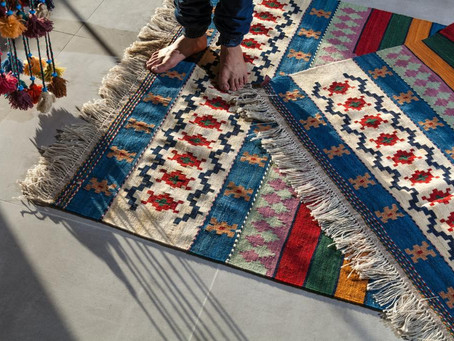 What Are The Different Fabrics for Contemporary Rugs?