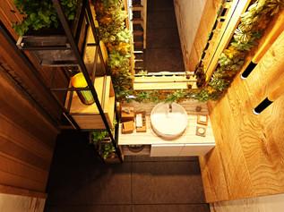 Bathrooms_View04.jpg