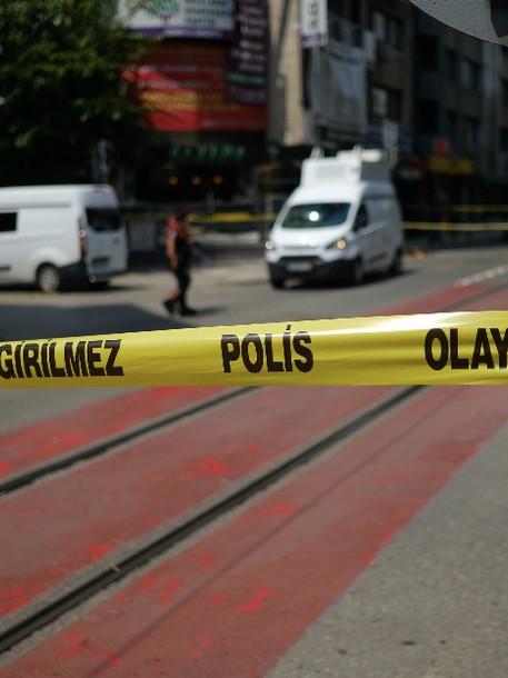 Eine Tote bei Angriff auf Parteibüro von pro-kurdischer HDP