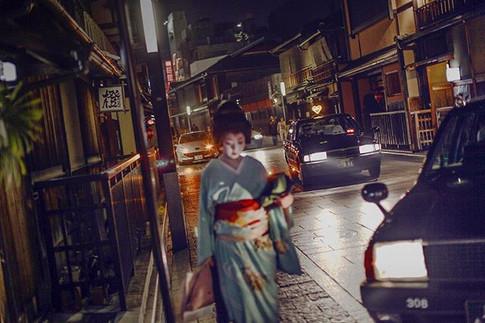 Night in Kyoto © Uygar Ozel, _Kyoto 2010