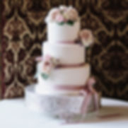 Fully iced wedding cake Ramster Hall_edi