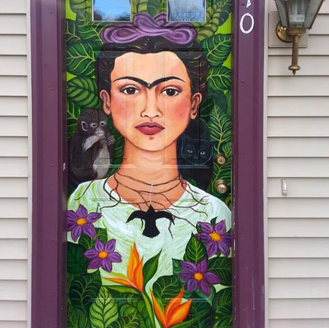Frida on the art school front door.