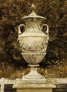 Garden Urn by Linda McLatchie