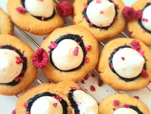 Krehké cheese čučoriedkové sušienky