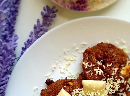 Nougat cashew cookies with white chocolate