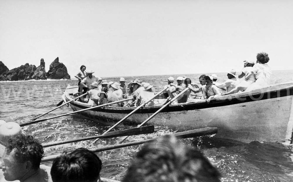 1956 Taking the School Children out for a sail