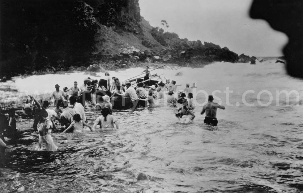 1948 Feb 2 Longboat swamped by wave going out to the Yankee. Chickens and goats all over the place. Yankee 4th world cruise. Bailed the boat and went striaght back out
