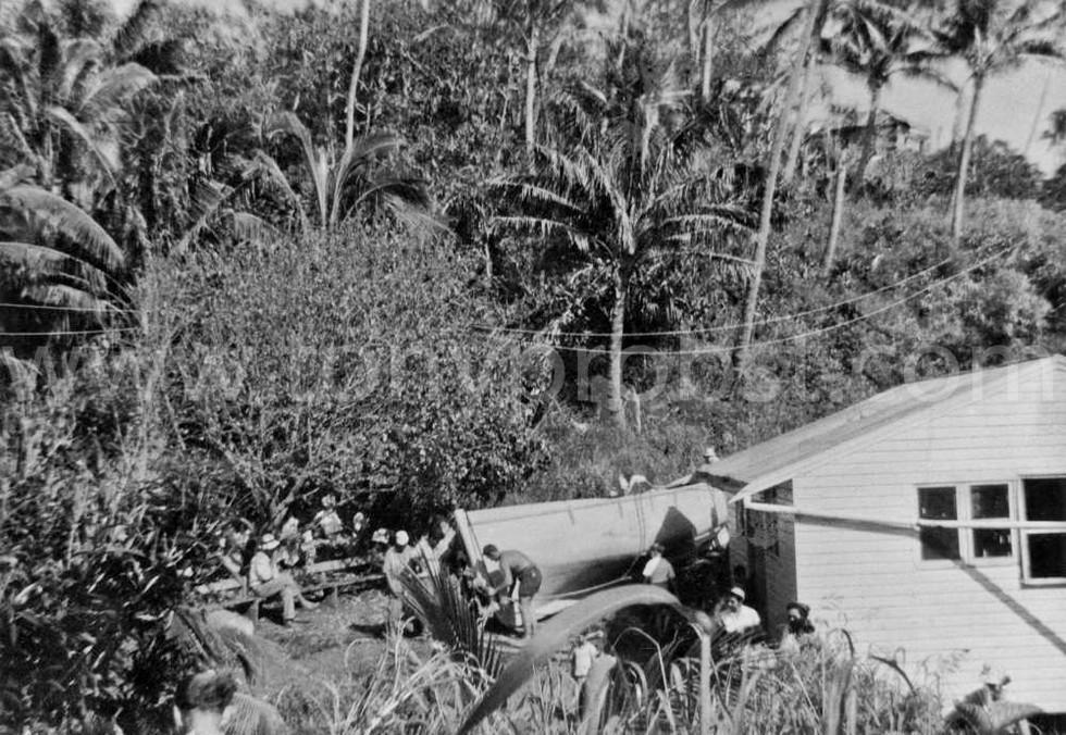 1959 b Hauling a Longboat to Bounty Bay