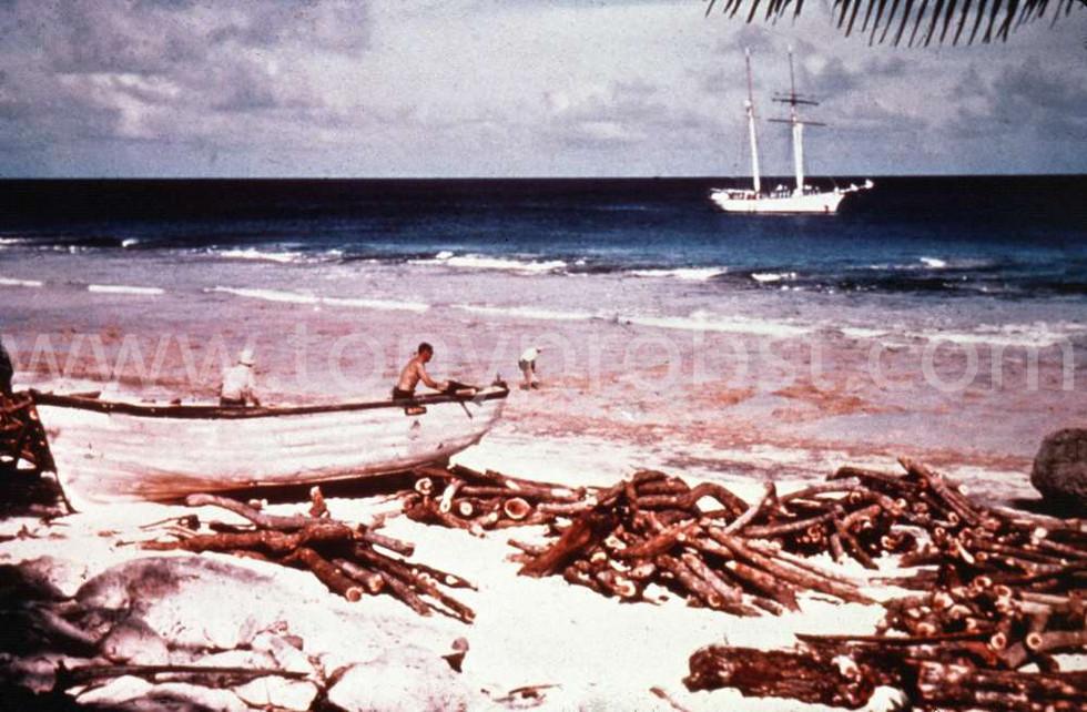 1957 Yankee at Hederson Loading Miro Wood