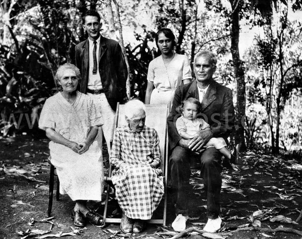 1938 Jan 18 Parkin Christian with Idris. Wilks and wife Marjorie. Rosy older lady., Richard on lap
