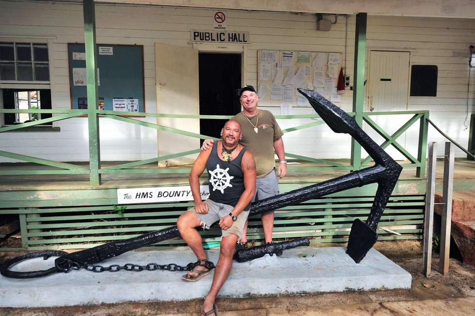 Pawl Warren & Tony Probst on Bounty's Anchor