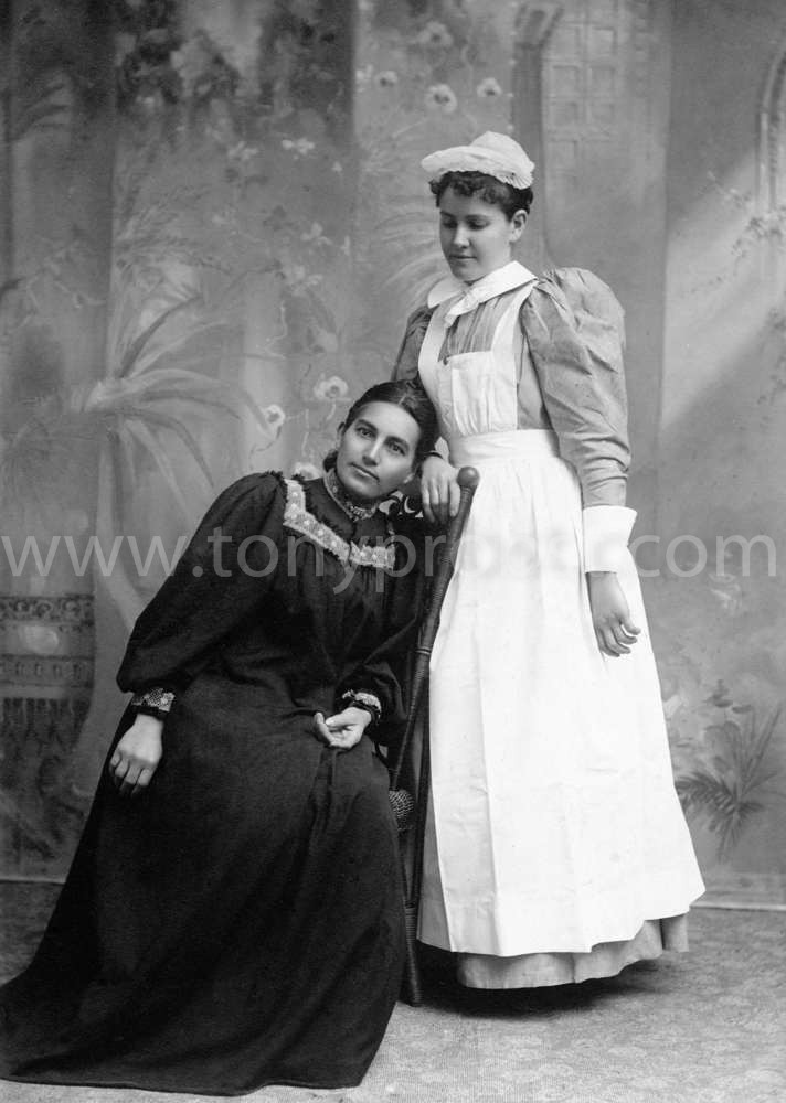1897 March 17 Rosolind Young & Ester Hale