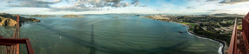 Panoramic veiw of San Fancisco Bay from the top of the Golden Gate Bridge