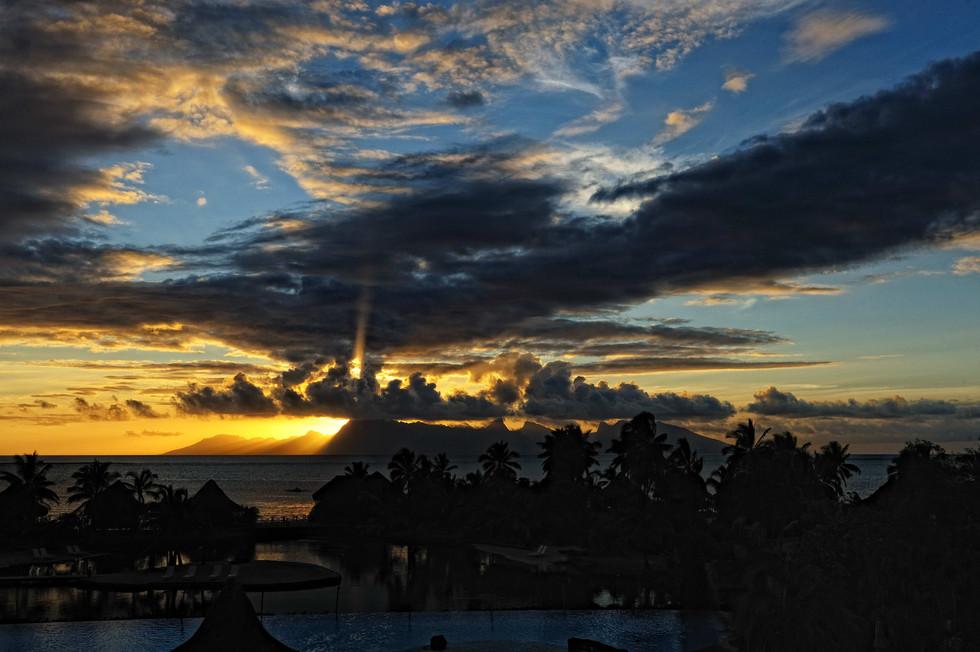 Sunset over Moorea from Tahiti..jpg