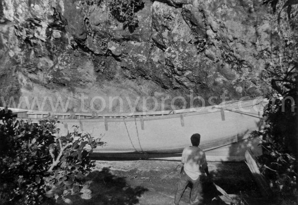 1959 c Hauling Longboat to Bounty Bay
