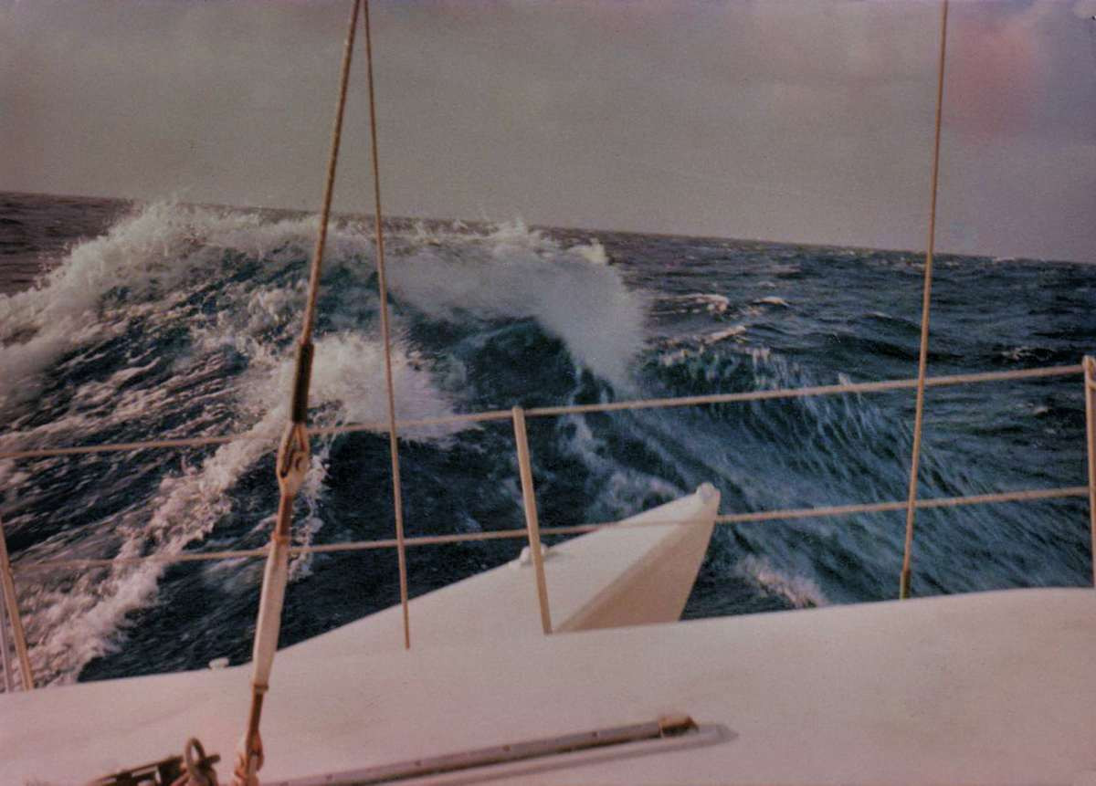Large waves in the Roaring 40's sailing from New Zealand to Tahiti July 30 1976
