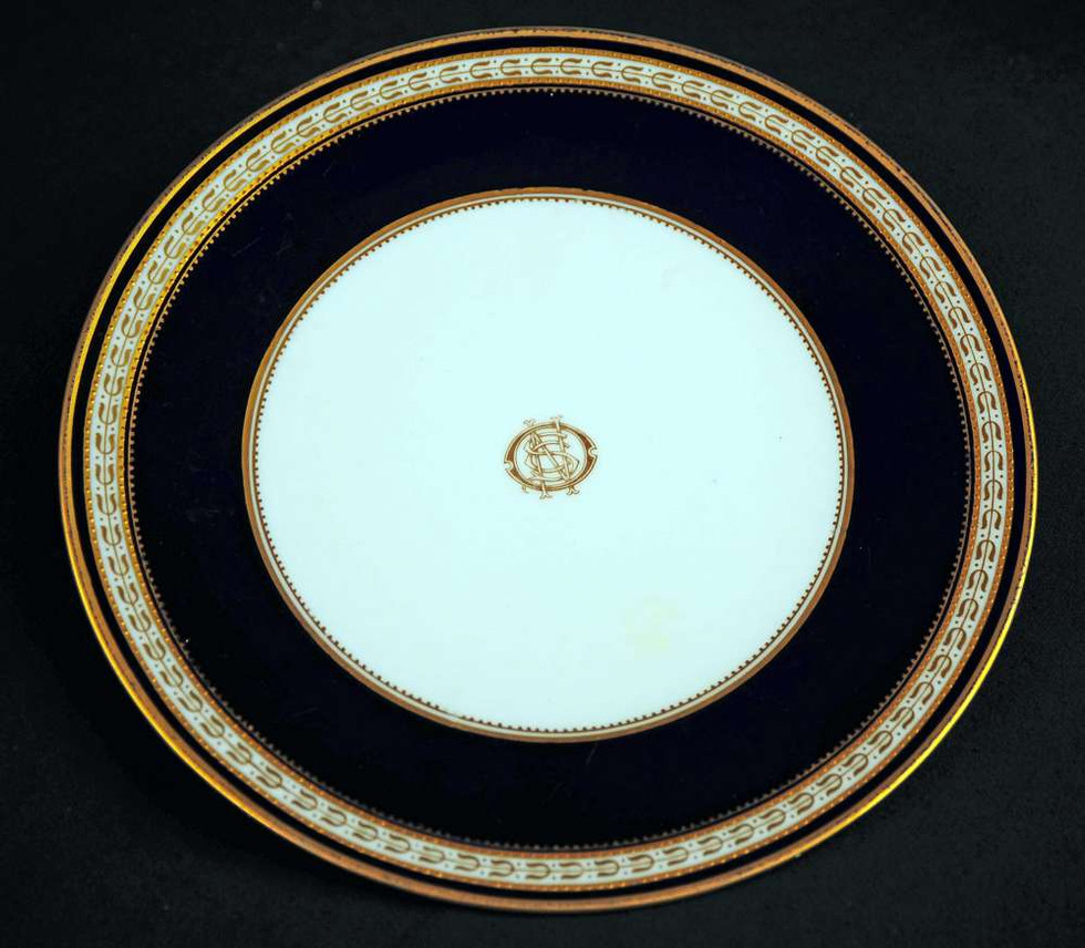 Spode Greek Key pattern believed to be used in the Café Parisian on board the Titanic