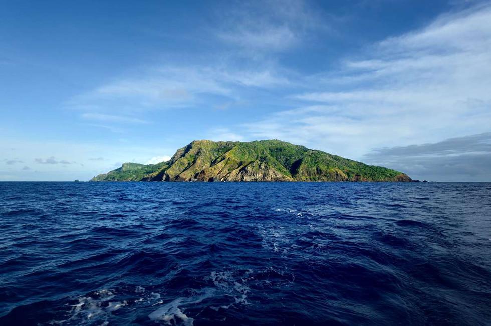 1 Pitcairn Island..jpg