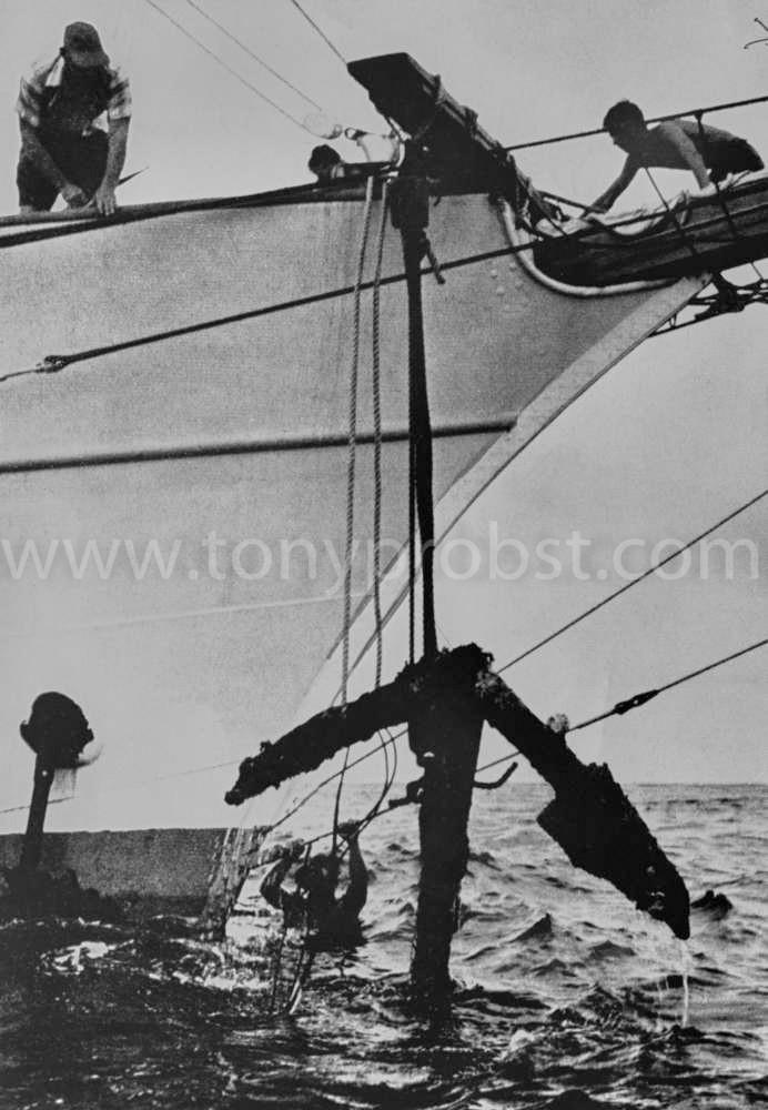 1957 Dec 1 Recovering Bonuty's anchor