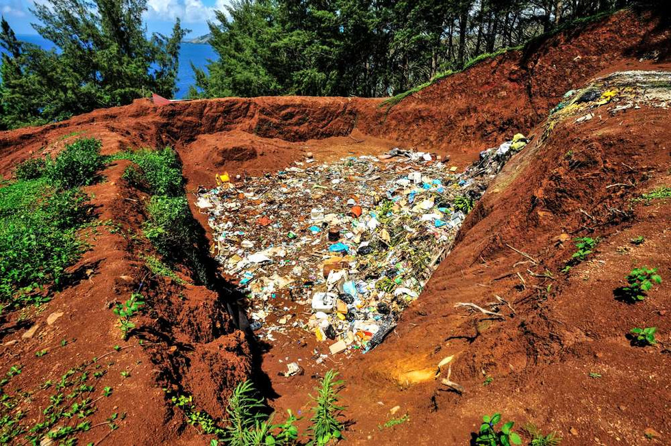 The town dump, Mangareva