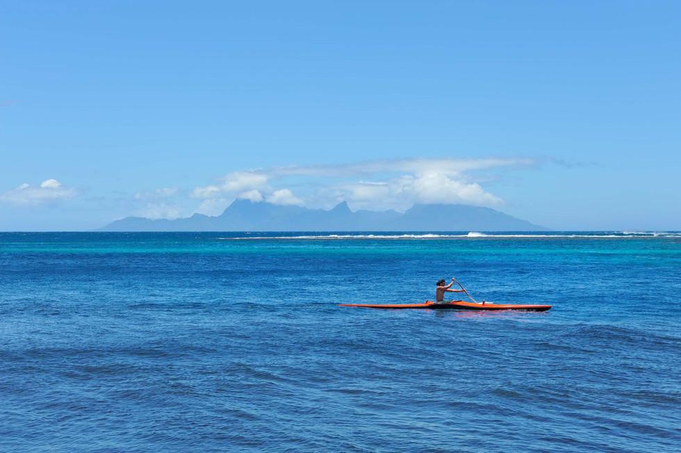 Matavai Bay, Tahiti looking at Moorea.jpg