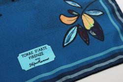 duomo-fiori-blu-notte-foulard-seta-carre
