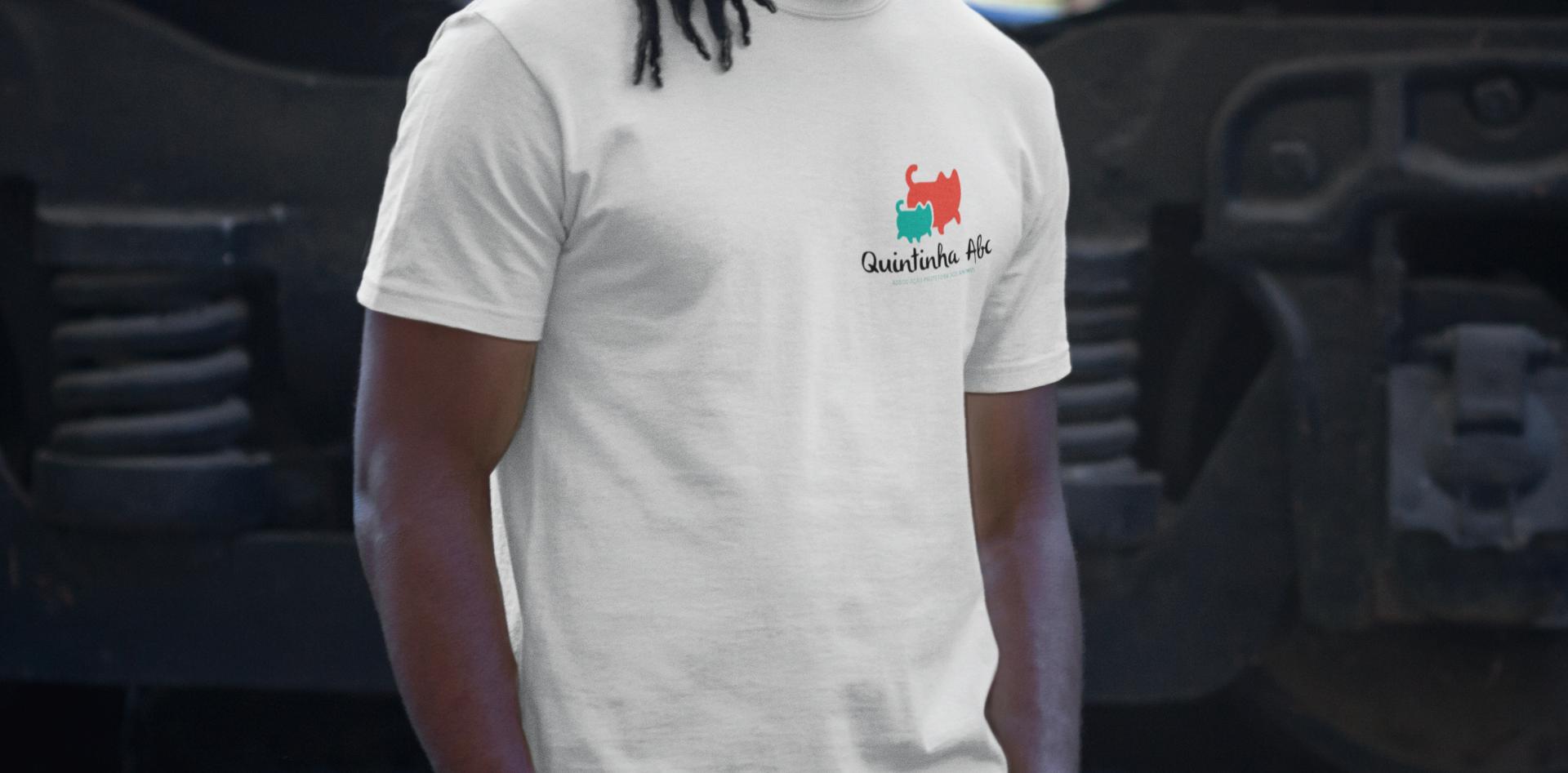 tshirt-mockup-of-a-man-with-dreadlocks-a