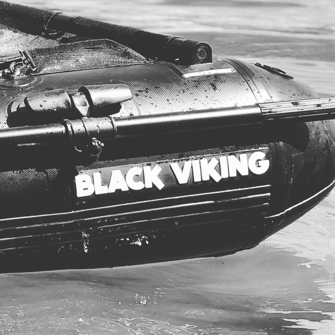 Black Viking Bellyboat 170mit Paddel