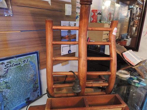 Lindo Abajur Antigo Em Madeira