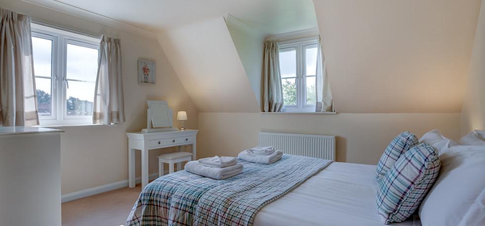 teasel-master-bedroom.jpg