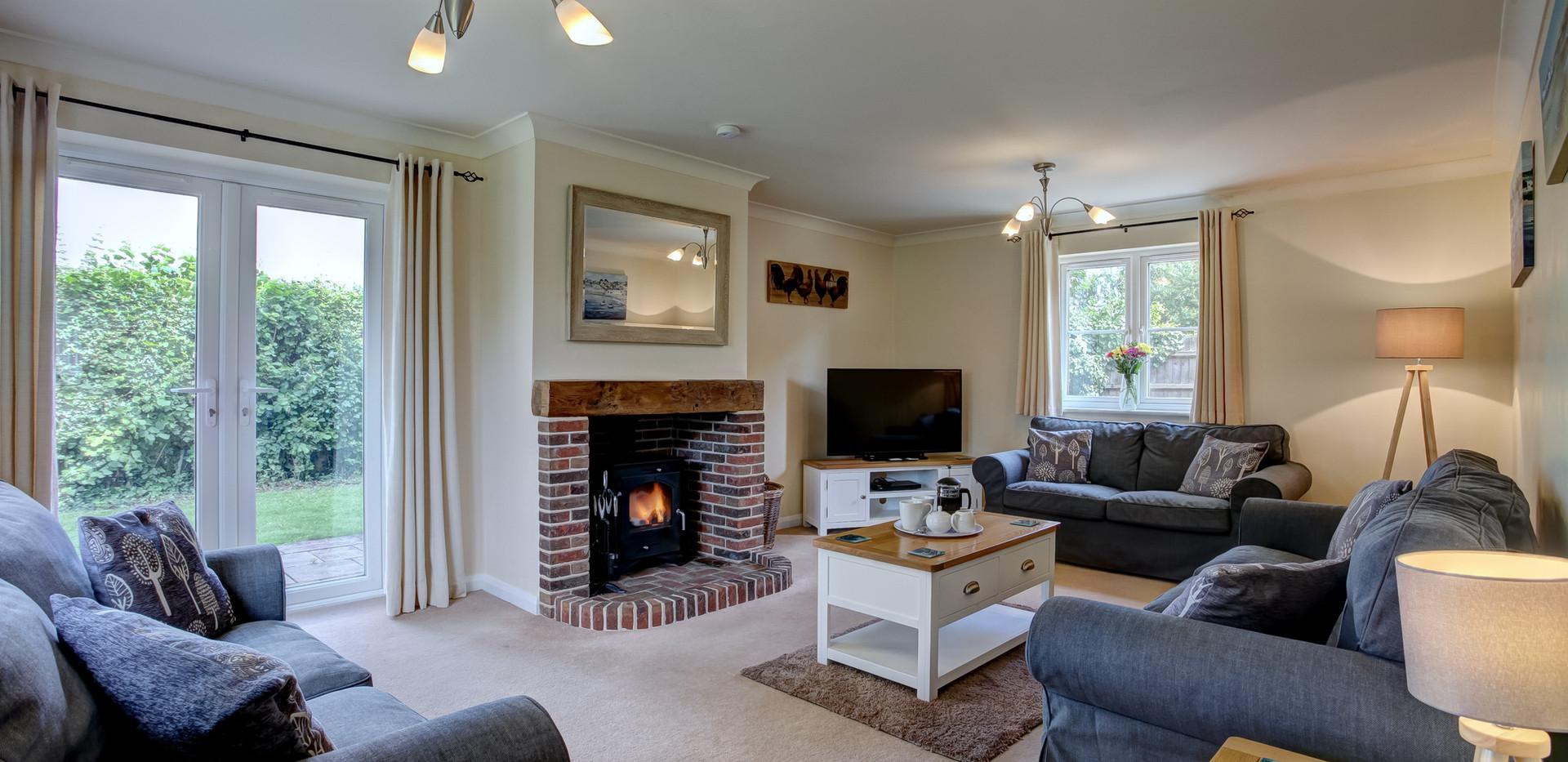 teasel-livingroom.jpg