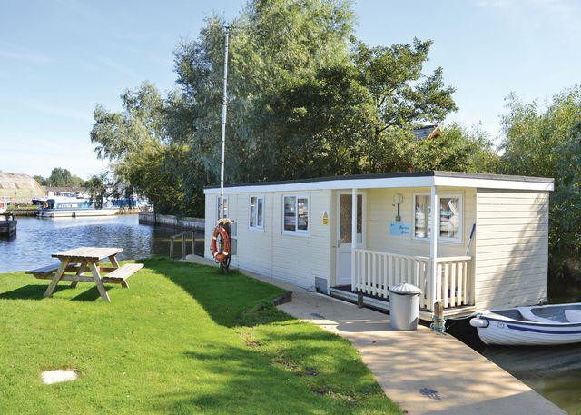 Norfolk Houseboats