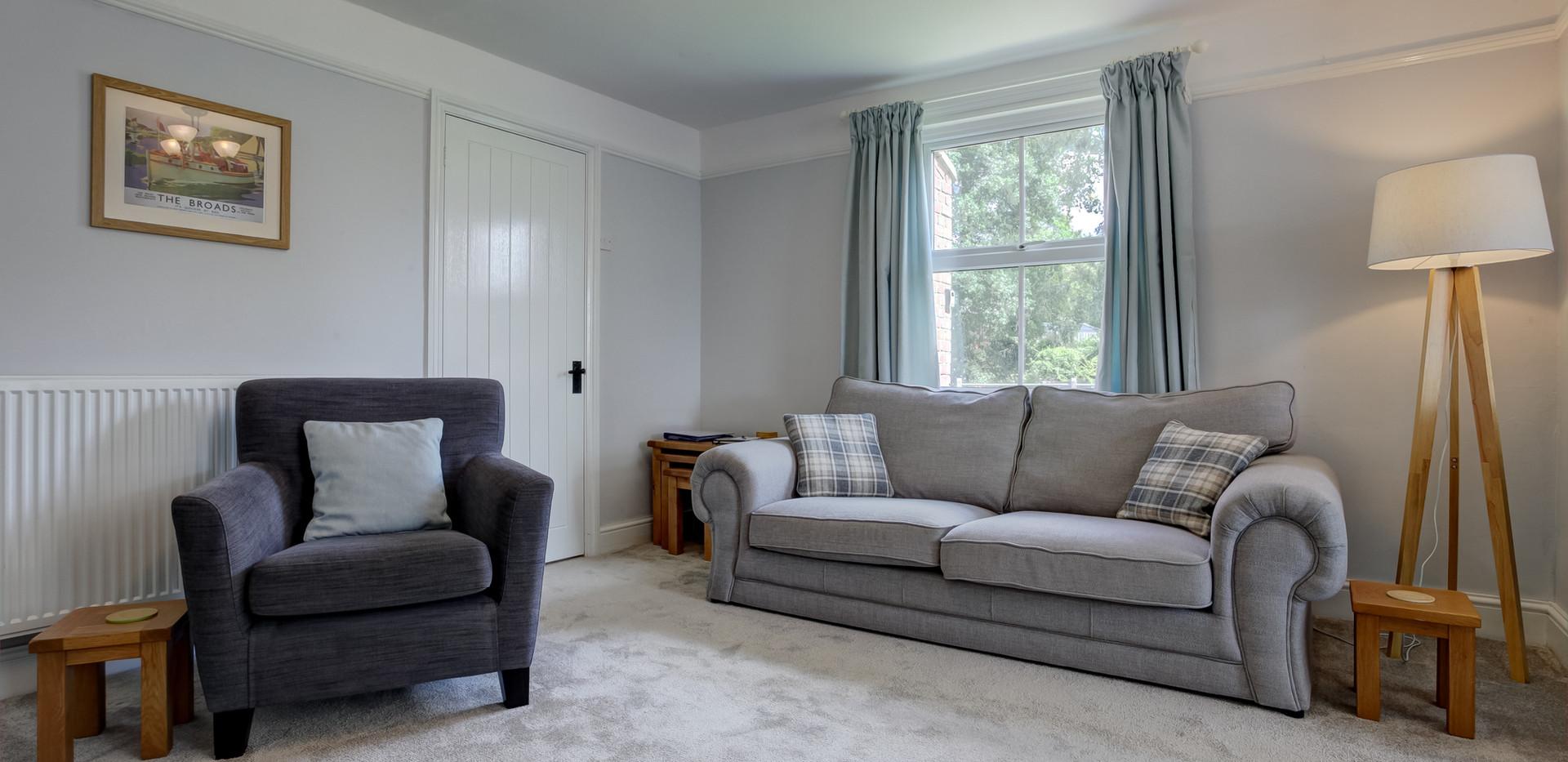 riverside-livingroom-4.jpg