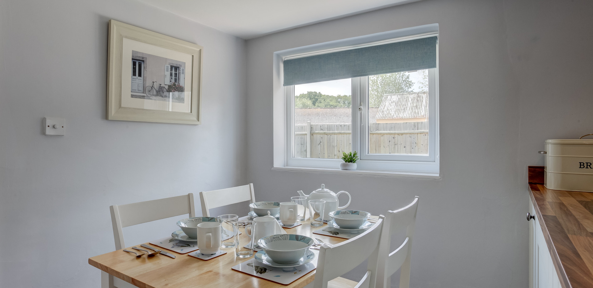 riverside-breakfast-table.jpg