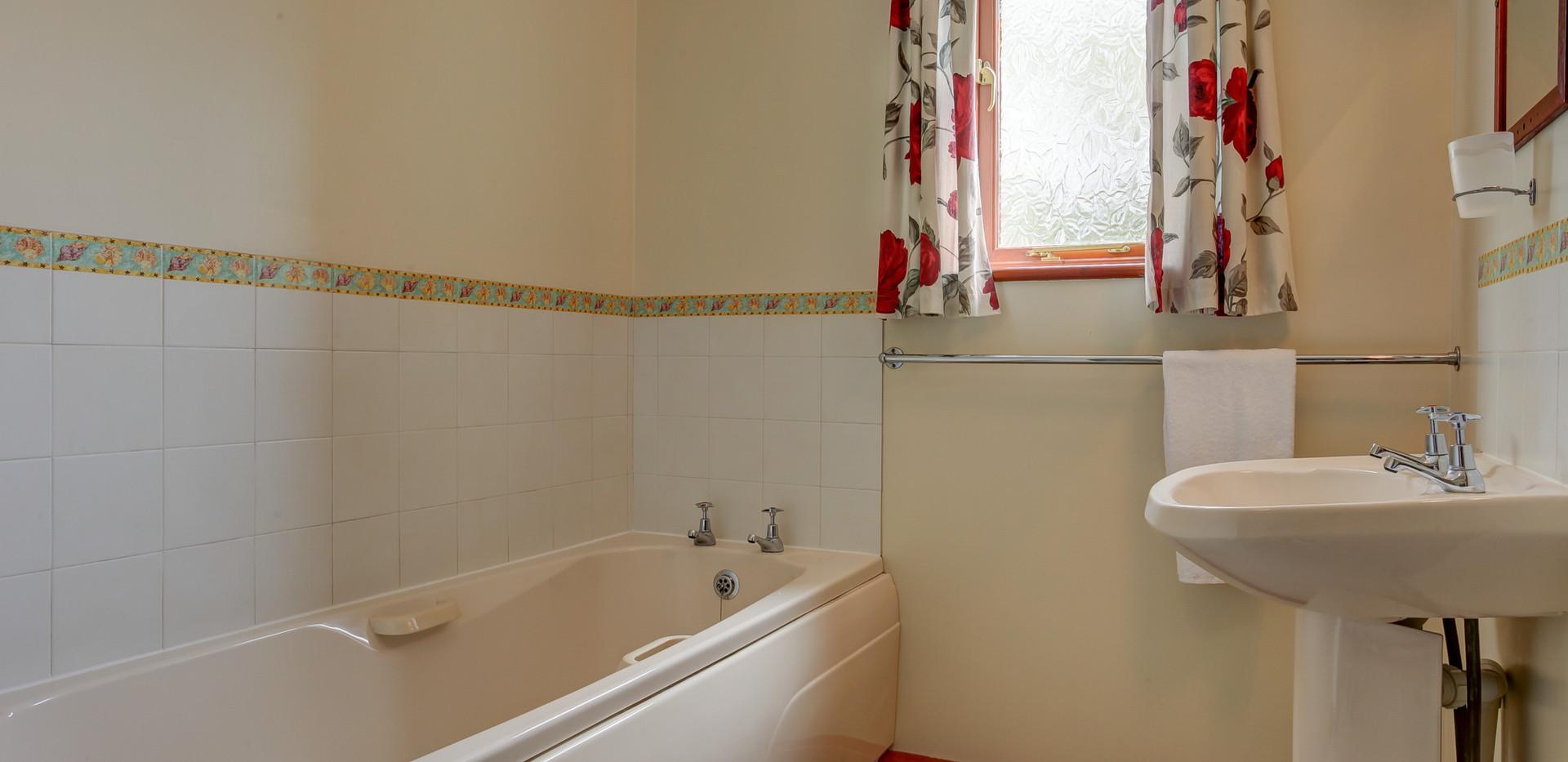 solace-bathroom.jpg
