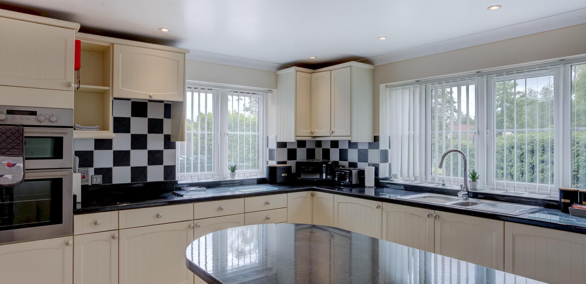 teasel-kitchen-2.jpg