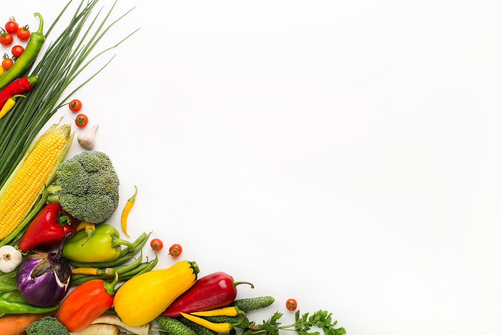 vegetables-creating-a-frame-on-white-bac