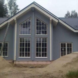 Timber-Hirsi-somu-māja-1-600x600.jpg