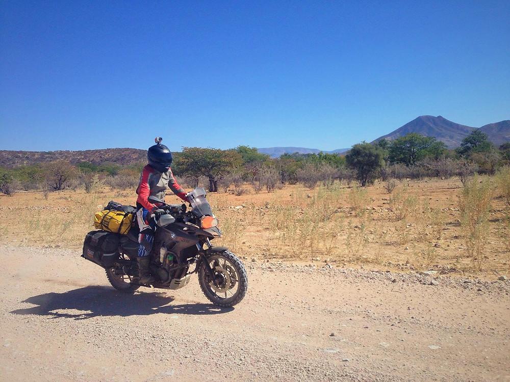 אחינועם הראל במסע באפריקה