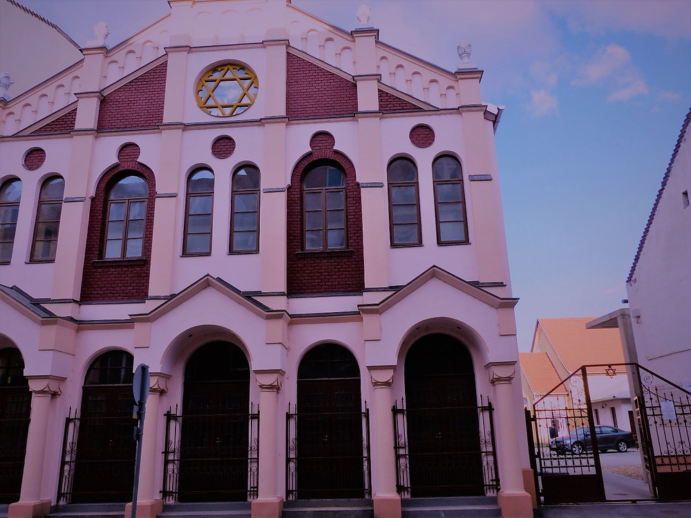 בית הכנסת בדברצן-צלמה גילי מצא
