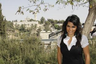 יסמין לוי-מלכת הלדינו העולמית