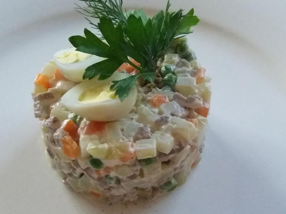 Olivier salad- photorights Gili Mazza