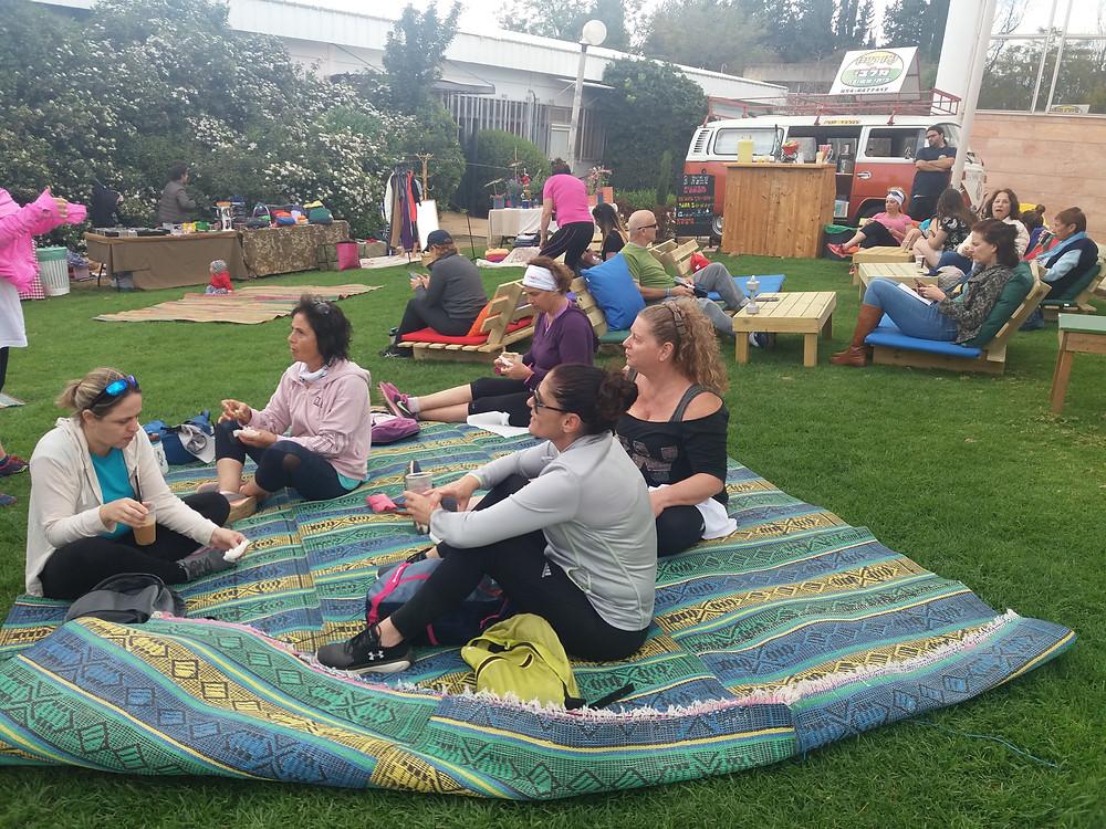 נשים בדשא הפסטיבל-צלמה גילי מצא