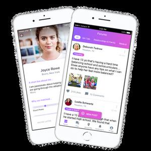 iPhone screens with SocialMama app