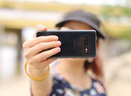 5 Tips for Taking a Better Selfie!