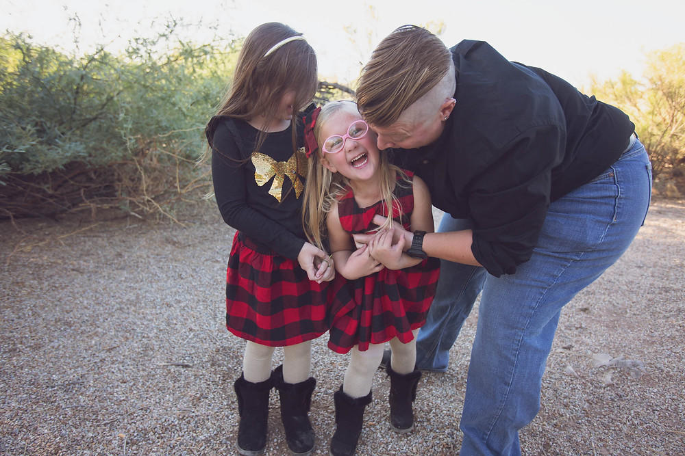 kids laughing with mom