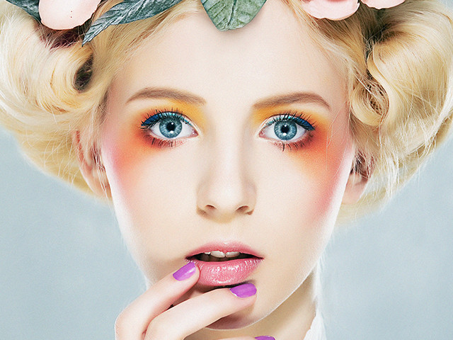 Colorful Make-up for Shootings