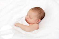 Nouveau-né dormant