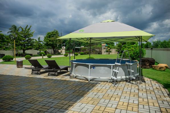 彩虹城堡 寵物游泳池